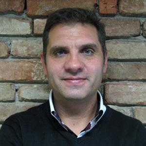 Roberto Lozano.